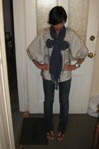 Prophecy blouse - Abercrombie scarf - J Brand jeans - Siegerson Morrison shoes