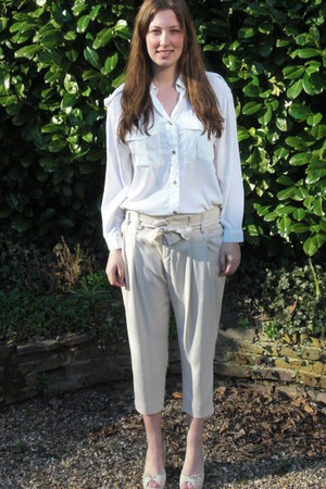 white H&amp;M blouse - off white Inwear pants - off white Friss &amp; co wedges