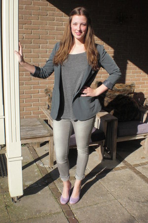 heather gray pieces jeans - charcoal gray H&M blazer - charcoal gray H&M t-shirt