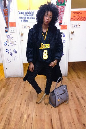lakers jersey thrifted top - Timberland boots - black thrifted vintage coat