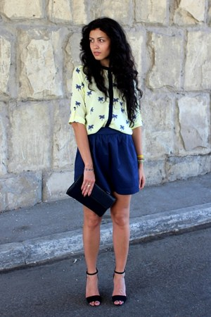 yellow Stradivarius blouse - navy vintage bag - black Zara heels