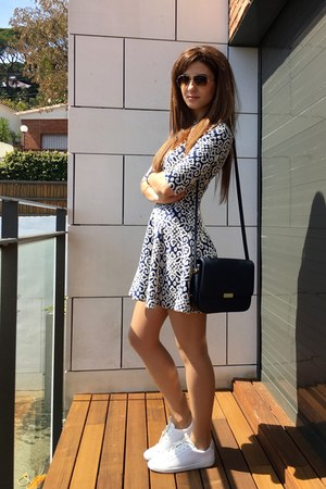 blue Zara dress - navy Mango bag - white Zara sneakers