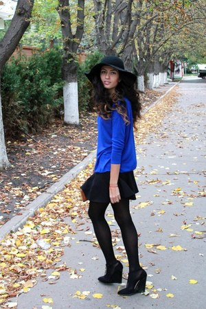 blue Mango blazer - black H&M skirt - black asos heels - blue Zara necklace