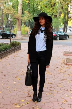 Mango boots - hm hat - pull&bear blazer - Zara shirt