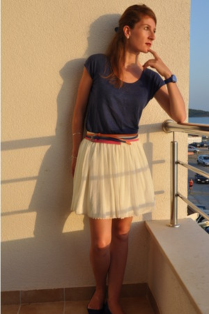 unknown belt - H&M glasses - Massimo Dutti skirt - Stradivarius skirt