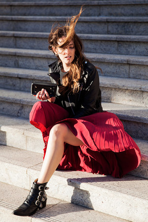 maroon Lover skirt - black Toga boots - black alice mccall jacket