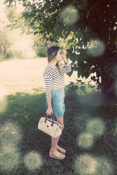 eggshell vintage Pierre Cardin bag - navy H&M top