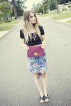 sky blue floral vintage skirt - black crop top Mink Pink top