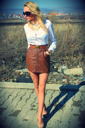 H&M skirt - Zara shirt - Bershka heels