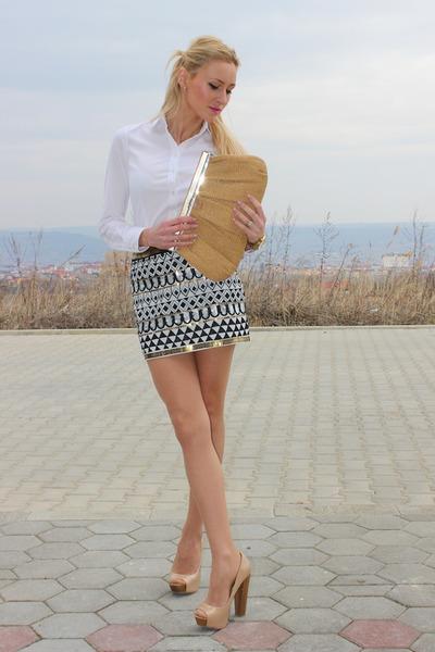 Zara-shirt-stradivarius-skirt-bershka-heels_400