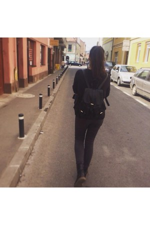 Vero Moda blouse - Deichmann boots - Stradivarius bag - New Yorker pants