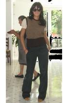 t-shirt - accessories - pants - shoes