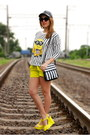 White-striped-diy-bag-black-striped-minion-abaday-sweatshirt