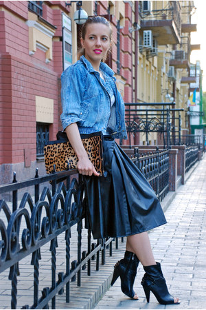 black Choies skirt - blue vintage jacket - tawny bag - black heels