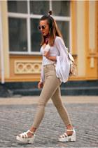 white bell sleeves vintage top - eggshell skinny Pull & Bear jeans
