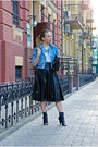 Blue-vintage-jacket-tawny-bag-black-heels-black-choies-skirt