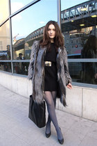 black shoes - black dress - gray furry coat - black bag