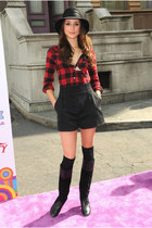 black boots - black hat - ruby red Zara shirt - black high-waisted shorts