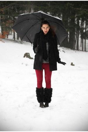 black Stradivarius coat - brick red Bershka jeans - charcoal gray romwe sweater