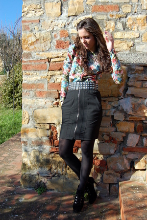 silver hm accessories - black Zara belt - black Zara skirt - red hm shirt