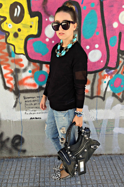 black balenciaga bag - blue Zara jeans - black Celine sunglasses