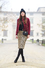 Black-sarenza-shoes-black-h-m-hat-brick-red-gaudi-jacket