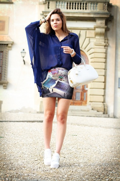 black Romwecom skirt - navy shampalove shirt - white Prada bag