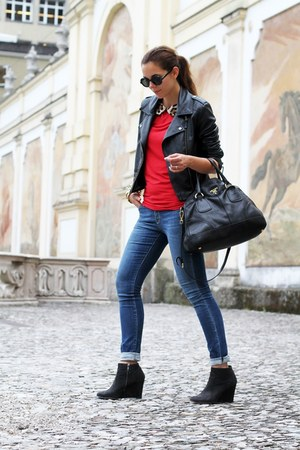 black sarenza shoes - navy Geox jeans - black Sheinside jacket - black Prada bag