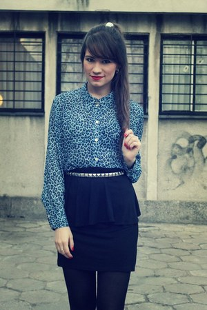 sky blue shirt - black skirt