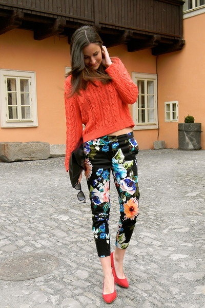 Mango sweater - H&M pants - Zara pumps