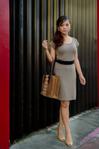 light brown classic Trendology dress - dark brown bicol made none bag