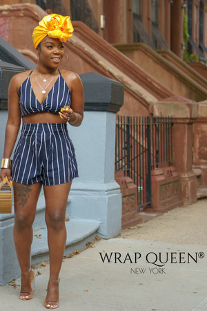 wrap Queen accessories