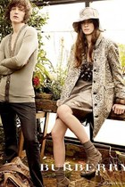 Burberry Spring/Summer 2009 Ad Campaign