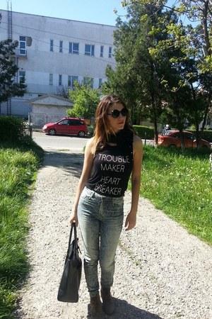 Bershka jeans - Zara bag