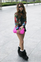 Zara blouse - Rubber Duck boots - hongkong bag - Zara shorts - rayban sunglasses