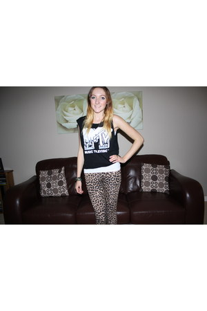 River Island t-shirt - new look leggings