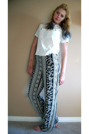eggshell pockets silk thrifted shirt - black Forever 21 pants