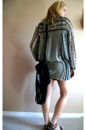 black fringe boho thrifted vintage bag - cream print boho free people blouse