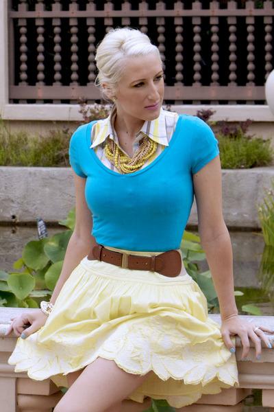 light yellow PB&J skirt - yellow Pree Brulee necklace - sky blue v-neck top