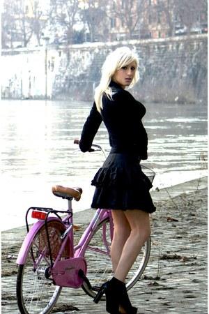 black spencer H&M blazer - black ruffled Jessica McClintock skirt - black Foreve