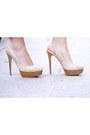 Light-pink-pelle-moda-heels-navy-diy-ripped-true-religion-jeans