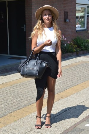 black smiley bag - camel hat - black primark heels - white crop top