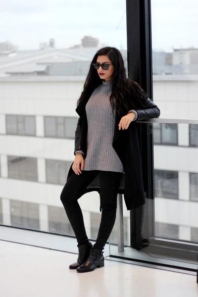 Zara Gray Sweater Coat 16