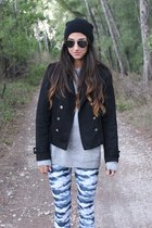 blue clouds American Apparel leggings - black vintage hat