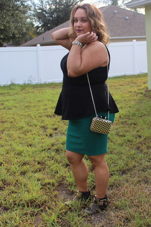 Forever 21 skirt - Forever 21 boots - H&M bag - Forever 21 top