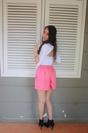 pink bought online shorts - black Aldo boots - white cotton on top