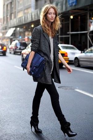 black modcloth heels