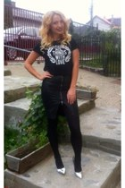 leather Zara skirt - metalic Bershka shoes - pull&bear t-shirt