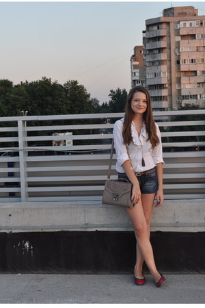 shoes - white Orsay shirt - tan new look bag - navy Bershka shorts