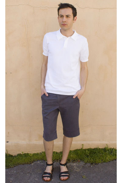 white Zara t-shirt - heather gray Thuja shorts - black Zara sandals